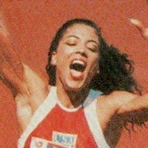 Florence Griffith Joyner - Bio, Facts, Family | Famous