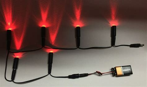 6 LED lights Daisy Chain 6 Red w/ 9 volt battery clip