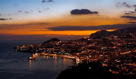 Excursions in Madeira: Madeira by Night