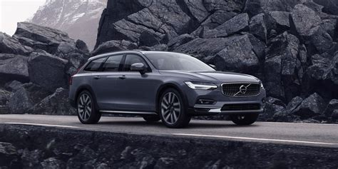 2021 Volvo V90 Cross Country Review, Pricing, and Specs