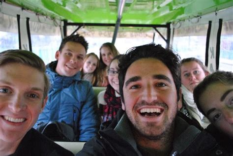 The Best Ways to Meet Friends Abroad   Weekend Student