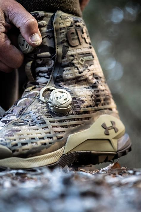 CH1 GTX Hunting Boots By Under Armour And Cam Hanes   Men