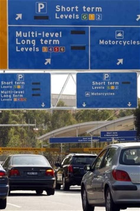 Melbourne Airport parking | Free parking for pick-ups