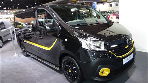2017 Renault Trafic Formula Edition - Exterior and