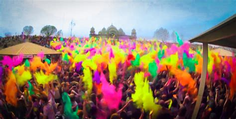 Holi Festival suffuses Sunbowl in color, 'world's happiest